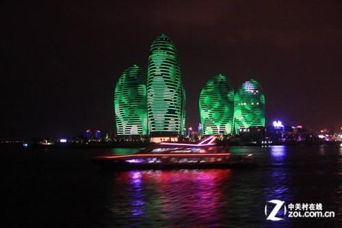 演绎民族风情 三亚凤凰岛led夜景迷人
