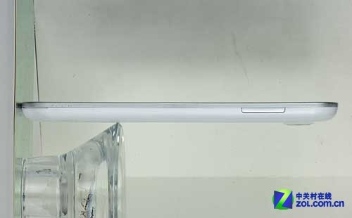超级巨屏Android霸王龙 欧恩V9工程机曝光