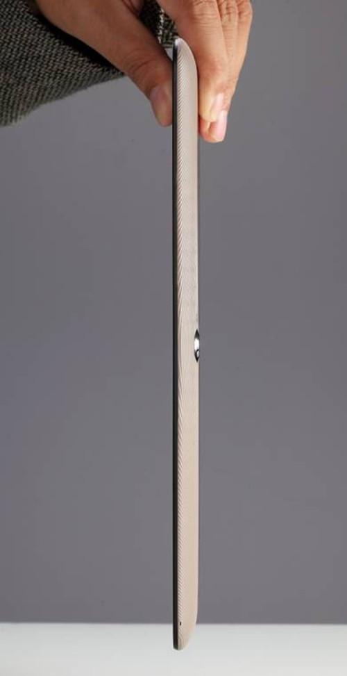 艾蔻四核超级板ICOU10GT黄金版全裸出镜