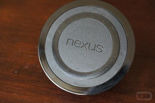售价374元 Nexus4半圆无线充电宝曝光