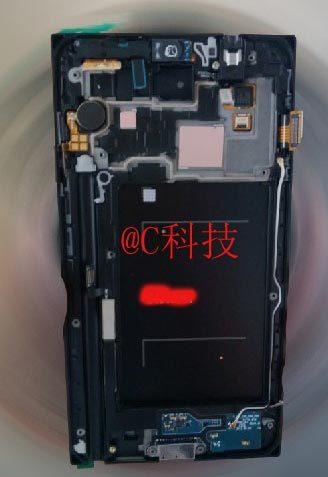 三星Galaxy Note 3工程机拆解图曝光