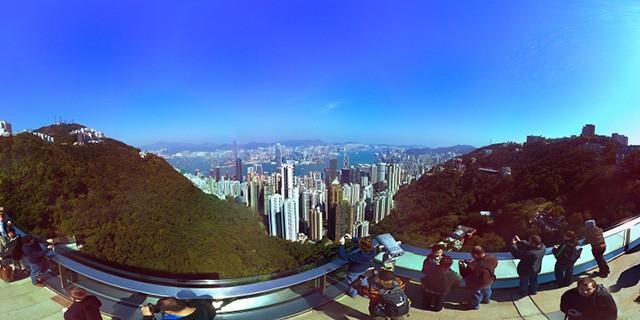 无论你在山顶,城市中,还是凝视夜空中的繁星,大多数业余全景照都避免