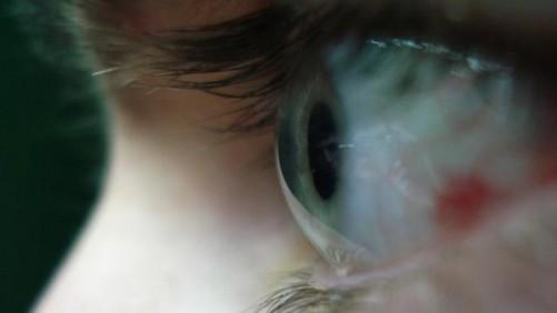 人的眼睛有多少像素_8k是否有必要:人眼极限分辨率不超4k