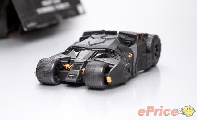 适用于iphone 5/5s,设计灵感来自于蝙蝠侠电影系列的多功能座驾蝙蝠车