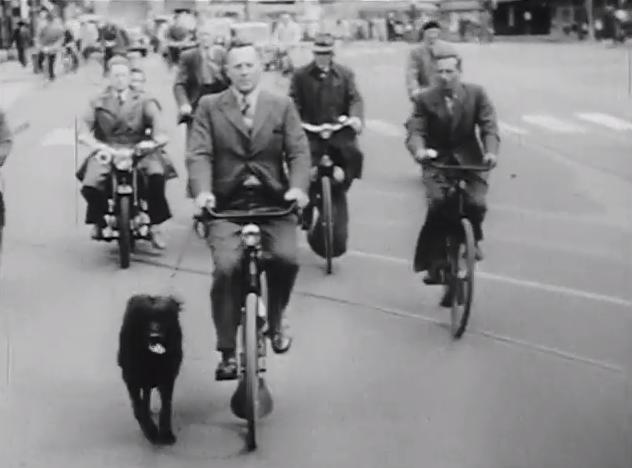 怀旧老照片 上世纪50年代的荷兰骑车人 (4/9)