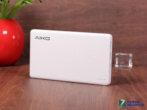 超薄优雅外观 Aika锋芒X11移动电源赏析