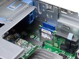 戴尔PowerEdge R820 机架式服务器局部细节图