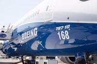 明年开始交付 波音787-10真机亮相巴黎
