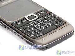 Symbian商务全键盘 诺基亚E71今日到货