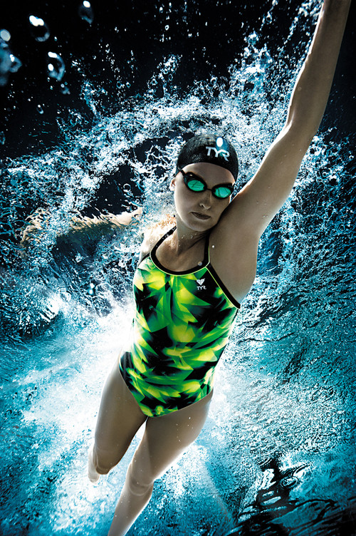 高清精彩泳衣广告大赏