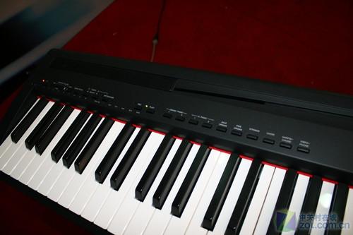 雅马哈p-95电子钢琴键盘