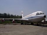 1980年,中国自行研制的运10飞机即将完成,迫于种种原因,开始与麦道公司合作生产MD82和MD90型飞机。而97年波音将麦道吞并后,中国参与的MD90项目下马。