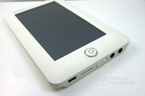 便携5英寸高清触控屏 现代V-S810简评