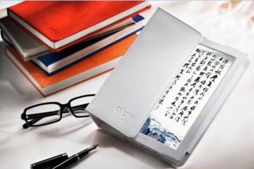 谁最吸引眼球?E-Ink屏日趋小众 彩屏高清电子书风生水起
