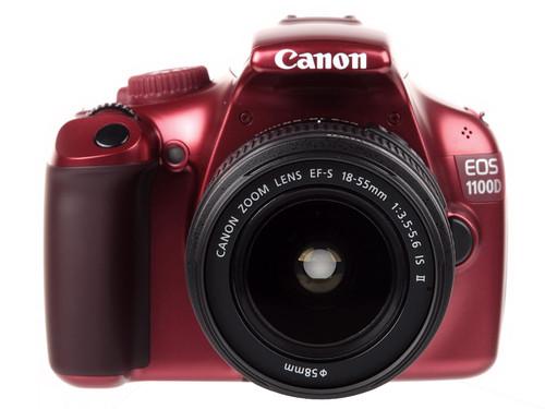 轻巧炫彩 入门级单反Canon1100D评测首??