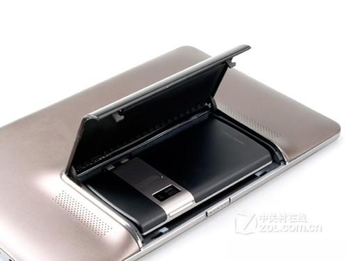 配Tegra 3 华硕PadFone平板明年初亮相