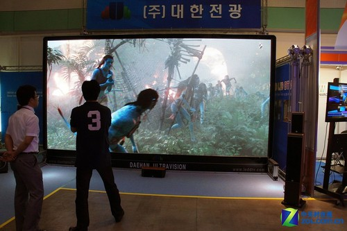 """KOBA2011:JBL家庭影院看巨屏""""阿凡达"""""""