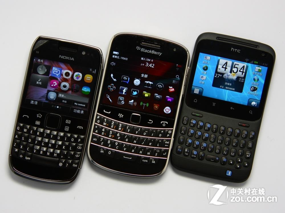 黑莓9900领衔 三款触控全键盘手机对比