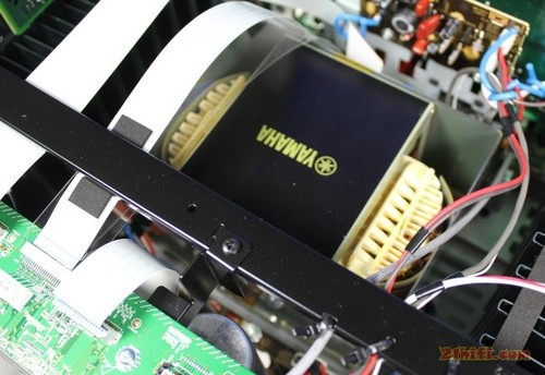 9.2声道高端功放 雅马哈rx-a3010评测