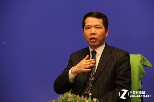 AMD邓元鋆:APU是一个革命性的创新
