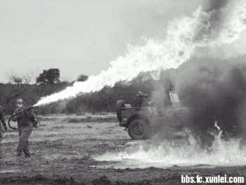 作为一个火焰兵 你了解火焰喷射器的知识吗?