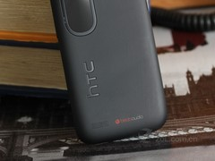 HTC T328w 黑色 细节图