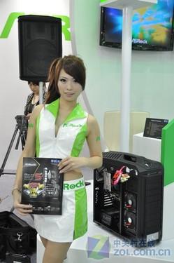 Computex2012精彩回顾:华擎嫩装模特