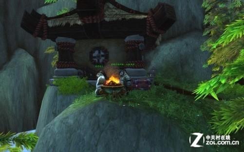 迄今为止万众瞩目的《熊猫人之谜》资料片发布已经整整20天,作为经典MMORPG网游巨挚,《魔兽世界》在全球拥有最众多的玩家,而首次与世界同步上线的《熊猫人之谜》在中国大陆更是吸引了无数玩家的关注。 接下来,我们就为各位玩家带来中关村游戏网对这部《魔兽世界》最新资料片的评测。 《熊猫人之谜》对原有的《魔兽世界》游戏机制做了一系列的革新,并添加了更多好玩的元素,接下来我们就一一为大家进行介绍和简评: 游戏画质: 《熊猫人之谜》中,暴雪在《大地的裂变》画面优化的基础上,再次对游戏视觉引擎进行了升级,因而这个版本