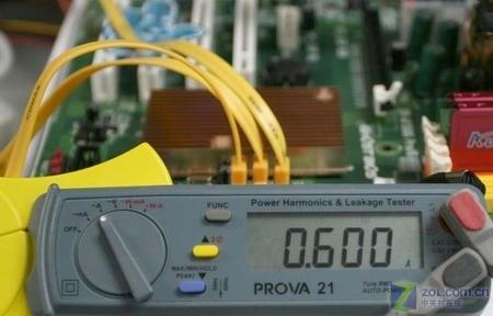 极品愣跑45帧 最强整合主板AMD690预览