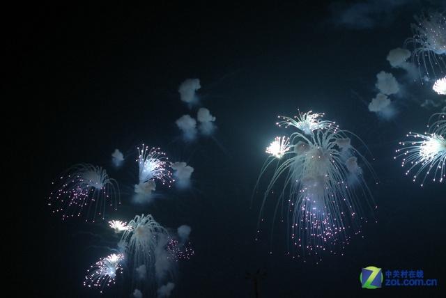 时尚环保多彩盛宴 APEC晚宴焰火表演赏