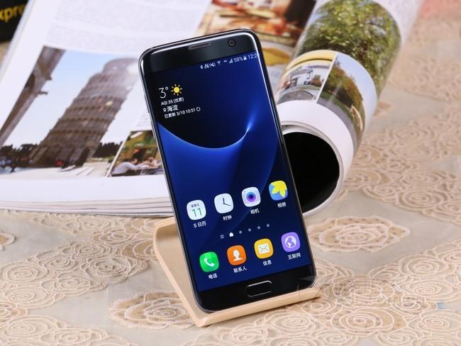 三星(SAMSUNG) 三星 Galaxy S7 edge(G9350)手机 莹钻粉 全网通(4GB+32GB)版