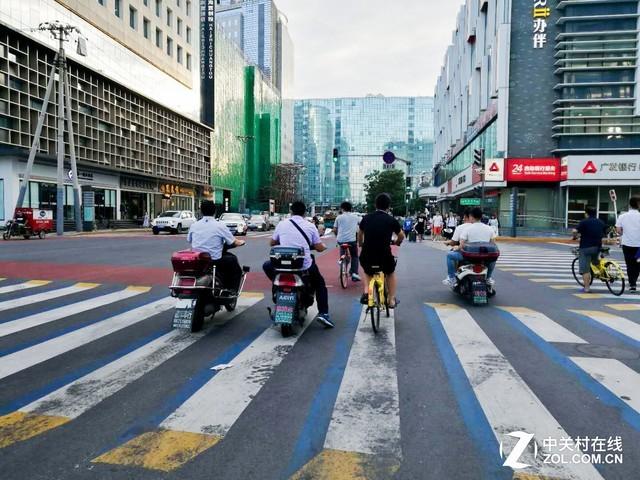力排众议选择电动摩托车 事实证明没选错