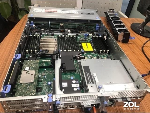 灵活高性能 戴尔服务器R740北京10500元