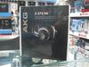 """作为耳机业制造者,四大耳机厂商之一的AKG的每一款产品均是精雕细琢,音质品质广受好评。AKG""""Varimontion""""非等厚大振膜驱动单元具有声学特性,能够带来清晰准确的声音回放效果和更为丰富的声音细节,即使在大声压下也能保证很低的失真。"""